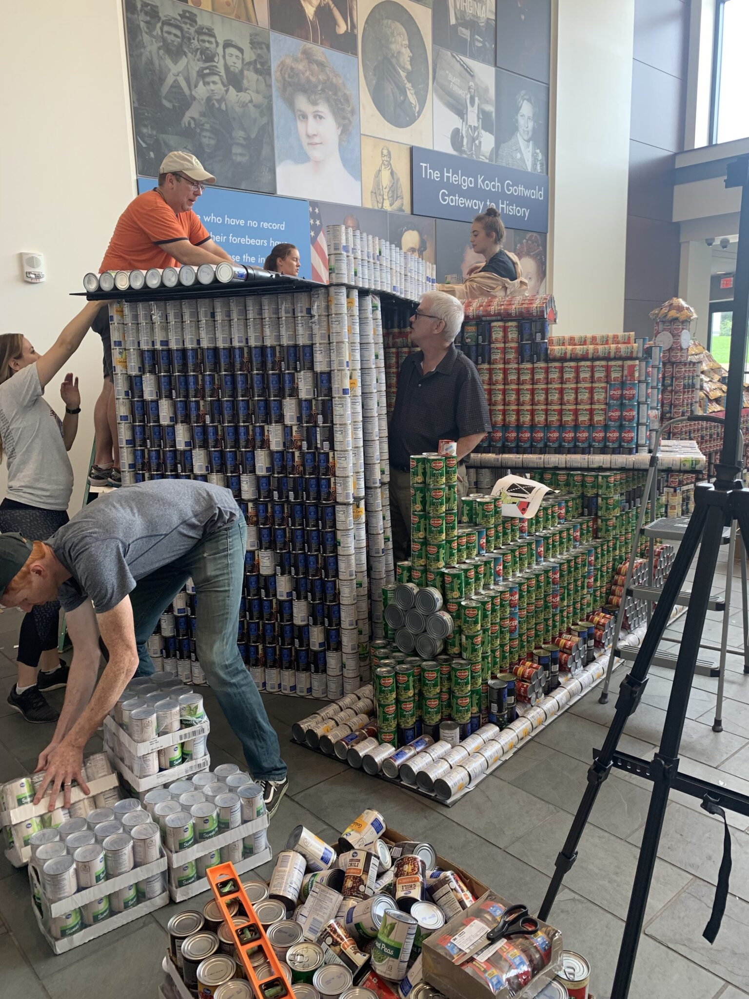 Canstruction 2019 train station