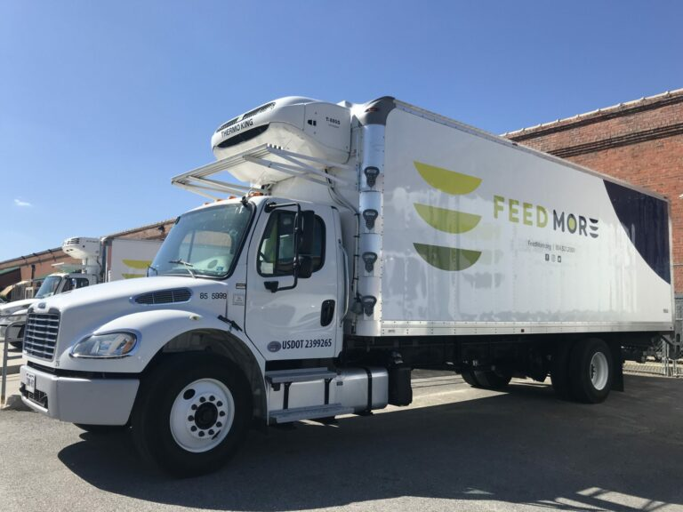 Feed More truck - 26 foot
