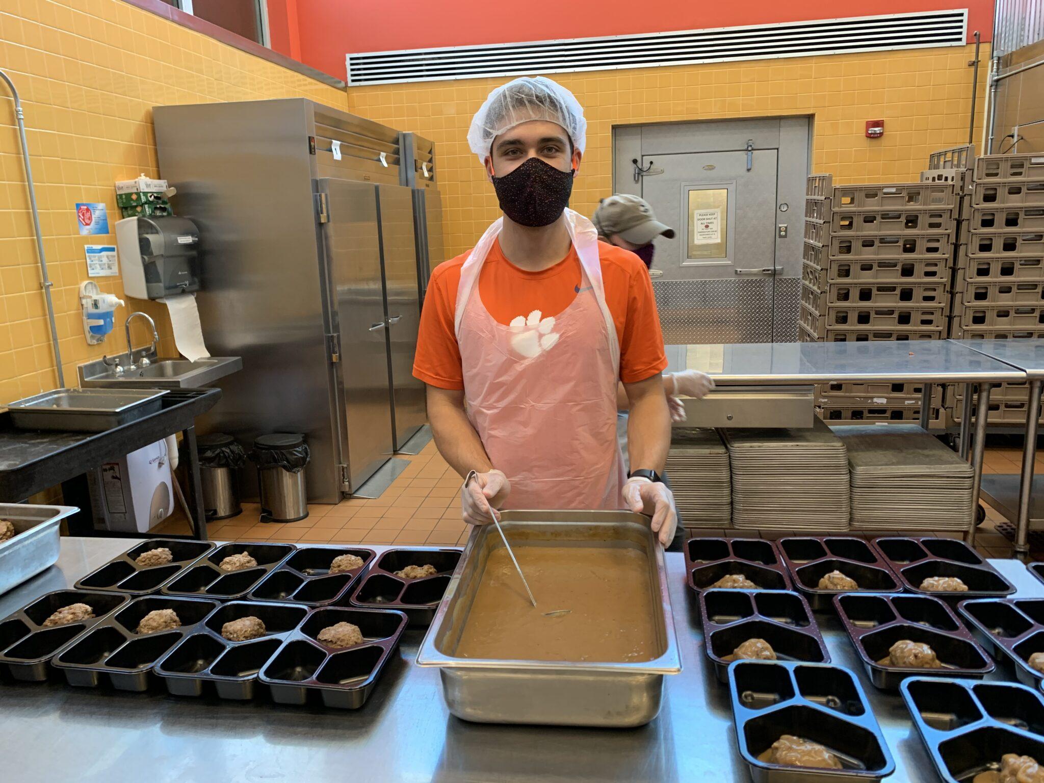 Feed More Community Kitchen volunteer
