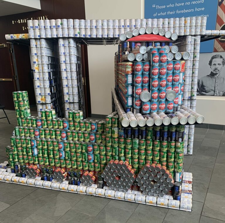 Triple Crossing build CANstruction